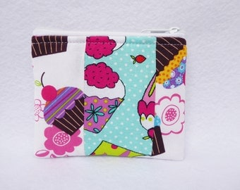 Cupcake.  Patchwork Quilt. Coin Bag
