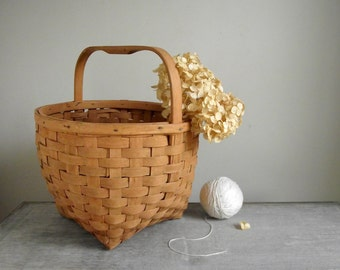 Splint Wood Basket | Vintage Gathering Basket with Handle | Carrying Basket | Rustic Farmhouse Storage