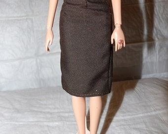 Fashion Doll Coordinates - Solid dark brown skirt - es393