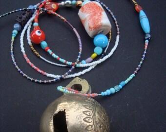 bell, animal, sanskrit, glassbeads, spiritual, Hinduism, windchime, India, yoga, meditation, symbol, sacred, religion, ringing
