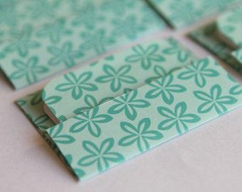 NEW -Mini Cards n Envelopes - Set of 6 - Beachy Tropical Starfish Hawaiian Design in Teal Aqua Ocean Blue