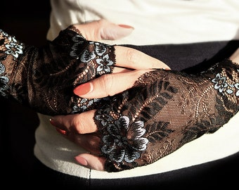 Lace Gloves , stretch lace, fingerless lace gloves, Bride, bridesmaid, gift for her.  Size XL ready to ship.
