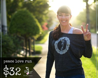 LARGE Grey peace love run fashionista long-sleeve tee