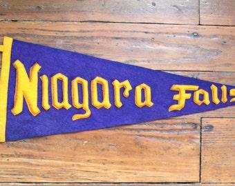 Travel Souvenir...Vintage Niagara Falls Felt Travel Pennant, Water Falls, Travel Pennant, Souvenir Pennant