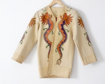 FREE SHIP  vintage Chinese dragon embroidered wool tourist jacket, 1940s cream coat