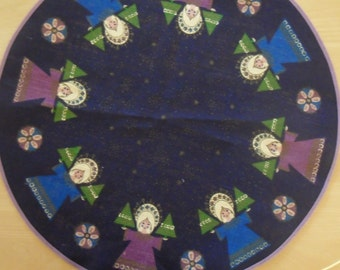 Vintage Danish round small table cloth for Christmas / 70s / jute