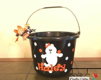 Personalized Plastic Ghost Trick or Treat Bucket, Halloween Bucket, Halloween Pail, Trick or Treat Pail, Ghost bucket, Ghost pail, Kids pail