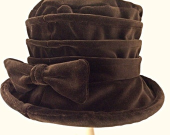 Velvet cloche hat with bow