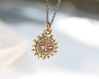 Vintage style tiny sun face necklace - S2348-2