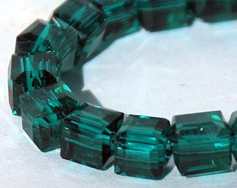 20 pcs 4.5mm Faceted Transparent Dark Green Glass Cube Beads