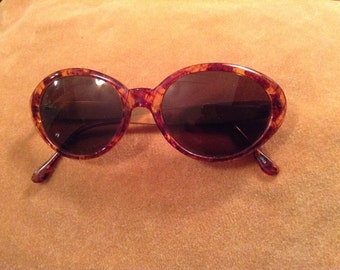 Vintage Ladies Sunglasses Tortoise Shell & Metal Frame