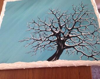 Snowy tree - twisting