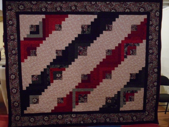 Log Cabin Quilt Pattern Free Queen Size : Hand Made Queen Size Quilt. Red Black and White Log Cabin