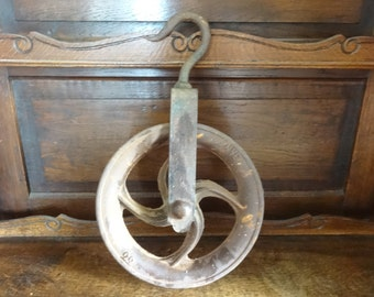 Antique French large well barn pulley wheel industrial farm circa 1910's / English Shop