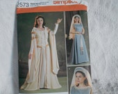 MISSES Medieval Dress Costume- Lord of the Rings Pattern Sizes 8-16 Simplicity 2573 - 2009 - UNCUT - Midevil Dress - Ready to Ship