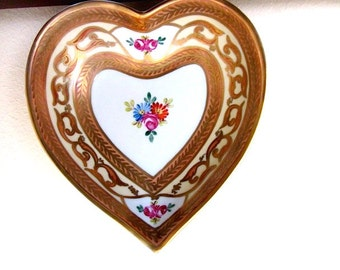 Limoges heart dish, Dubarry Porcelain, Gold Leaf Heart, Trinket Candy Dish, French gold heart, gold heart, Valentine gift
