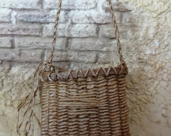 1:12th scale dollhouse miniature woven bag