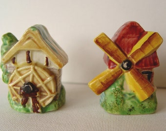 Vintage SET of Windmill and Water Mill Salt and Pepper Shakers ~ Salt & Pepper Shakers