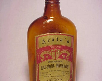 1934 Arata's Pennsylvania Straight Whiskey Fred Arata Boston, Mass., Paper Label Whiskey Flask Bottle