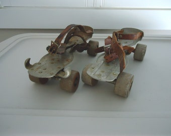 Vintage Chicago Derby metal skates