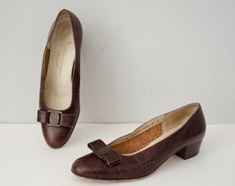 vintage Salvatore Ferragamo shoes / brown alligator leather shoes / size 7