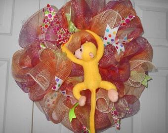 deco mesh wreath, deco mesh monkey wreath, monkey wreath, deco mesh wreath