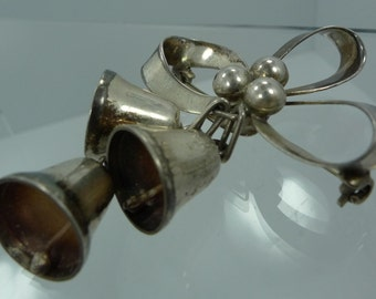 Vintage Holiday Holly Berries & Bells Brooch Sterling signed DG Damaso Gallegos Taxco Mexico