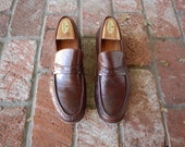 VTG Mens SZ 10 Robinsons Italian Leather Brown Slip On Loafers Dress Shoe Oxford Loafers Prep Hipster Fall Autumn Fashion Classic Mr. Rogers