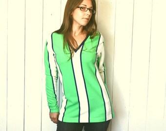 Striped Tunic Top Super Mini Dress 1960s Vintage Green White Knit V-Neck Hippie Mod Go-Go Style Medium