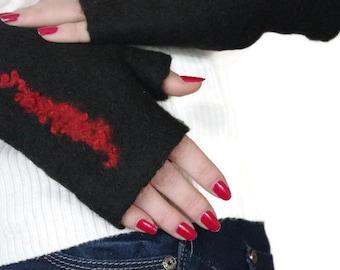 Felted Fingerless gloves Fingerless Mittens -  Gloves - Black and Red