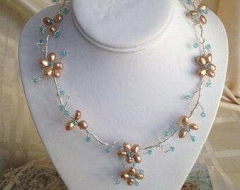 Bib Flower Pearl Necklace