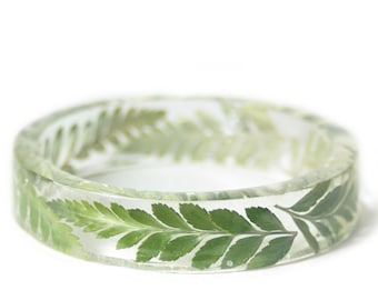 Bracelet -Real Dried Flower and Resin Bangle- Green Fern Bracelet- -Green Bracelet- -Resin Jewelry- Flower Jewelry