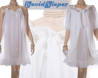 Stunning 60's mid length 'David Nieper' Peignoir Set in sheer double layer floaty white nylon with gold brocade trim - complete set - 3716