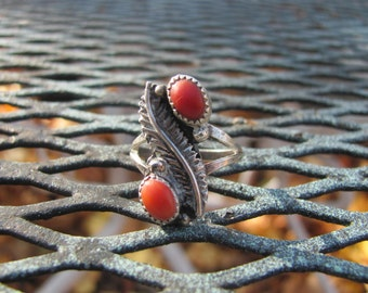 Navajo Coral Ring Sterling Vintage Size 6 Native American Jewelry