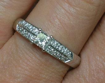 Platinum Diamond Engagement Ring: Princess Cut & Pave. Gorgeous Band. Size 7.25