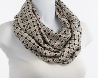 Light Woven Woolly Scarf Gray Pink Ecru and Black Double INFINITY SOFT ~ WL039-L5