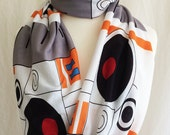 Favourite Robot Scarf, Nerd scarf, Fandom clothes, Infinity Scarf, ROOBY LANE