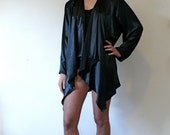 1/2 OFF // Vintage 1980s Black Silky Robe, Womens Black Satin Blazer, Shoulder Pad Blazer, Black Kimono