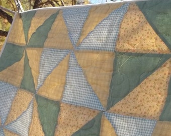 Soft Gold and Green Flannel Baby Pin Wheel Quilt