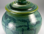Green urn, covered jar