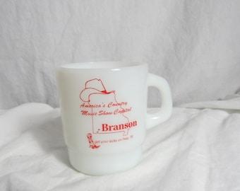 Vintage Milk Glass Coffee Mug Branson Missouri  Box Q