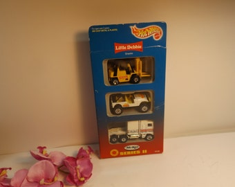 Sale Collector edition Hot Wheels Mckee Series ll Little Debbie Mattel 3 Pack NEW sealed In Box 1996.gift
