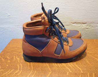 Vintage Womens  7.5 REI Hiking Boots Gortex Leather Trail Boots Lace Up Boots
