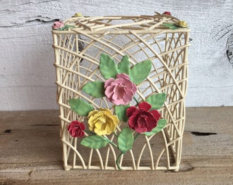 Metal wire small tissue box cover. Flower Kleenex box cover.