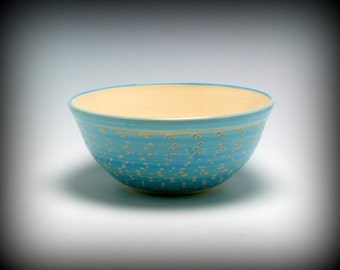 Medium Ceramic Serving Bowl in Baby Blue and White with carved Texture/Ceramics and Pottery