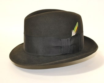 vintage 1960's -Knox- narrow brim fedora. Dark Green felt w/ grosgrain band. Worn but not worn out.  7 - 7 1/8.