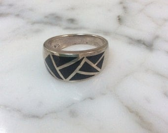 Vintage chunky Geometric Sterling Ring Size 8