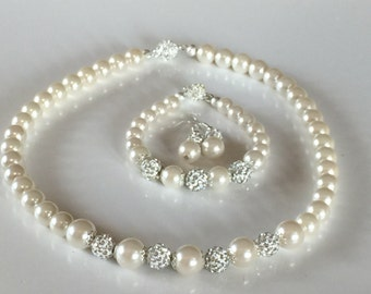Bridal jewelry in Ivory (pictured) or white pearls, bridesmaid jewelry, wedding jewelry