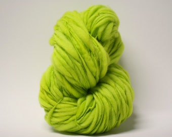 Handspun Thick Thin Merino Yarn Bulky Wool Slub  Hand Dyed tts(tm) Chartreuse 000x