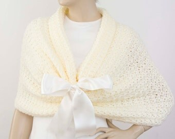 Bridal crochet stole  bridesmaid shawl crochet capelet shawl scarf crocheted shrug capelet wrap,ivory